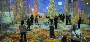 Walk Inside a Van Gogh's Painting